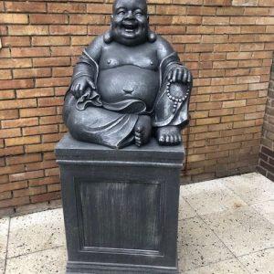 Boeddha groot op zuil antique zilver