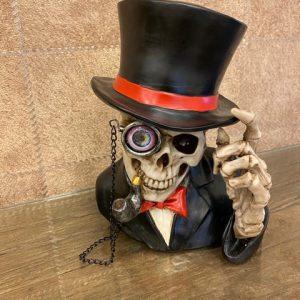 Skull met hoed